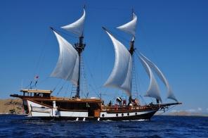 bugis-schooner-3-pix-02